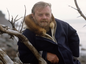 Farley-Mowat-wolf-country